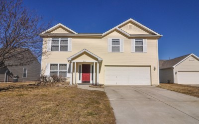 Minutes from Purdue ~ 3046 Bluster Court, West Lafayette