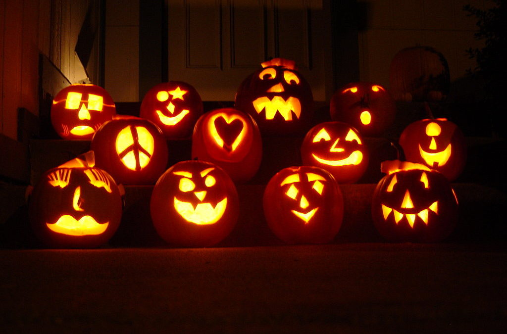 Planning Your Pumpkin Carving Party